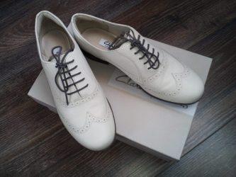 Как сдать бракованную обувь обратно в магазин?